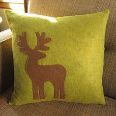 Reindeer Appliqu?d Pillow
