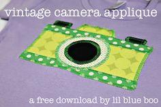 VINTAGE CAMERA APPLIQUE