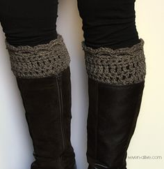Quick Crocheted Boot Cuff