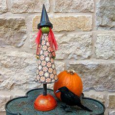 Make a Cute Halloween Witch