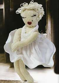 Knit a Marilyn Monroe doll