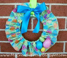 make a Scrunched Fabric Wreath