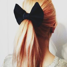 DIY: DENIM HAIR BOW
