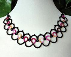 Ripple tatted necklace
